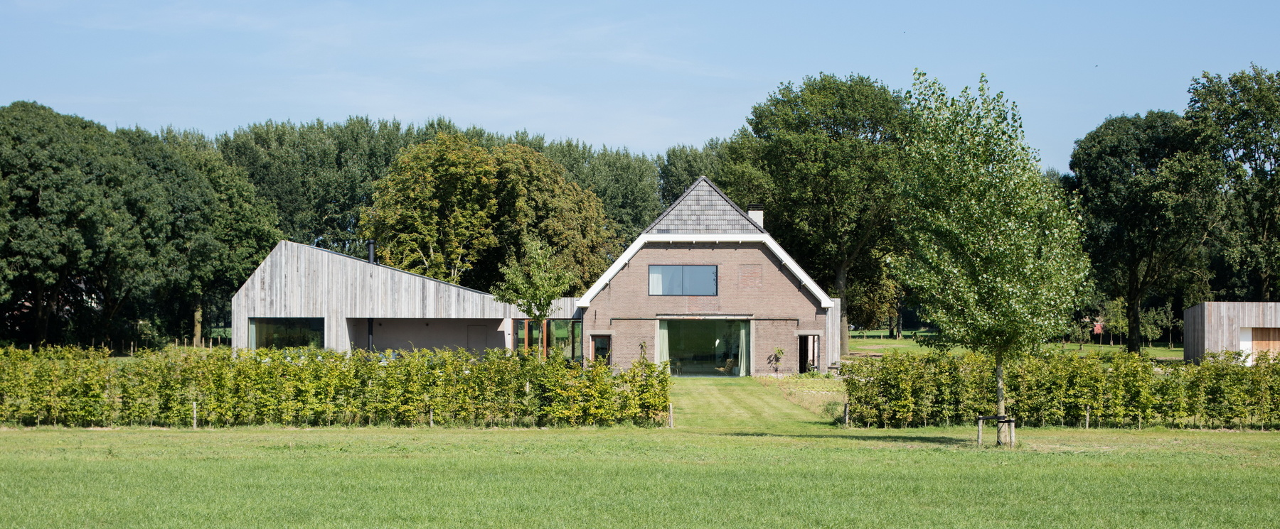 26-Farm_house_Utrecht-Zecc_Architecten-wood-concret.jpg