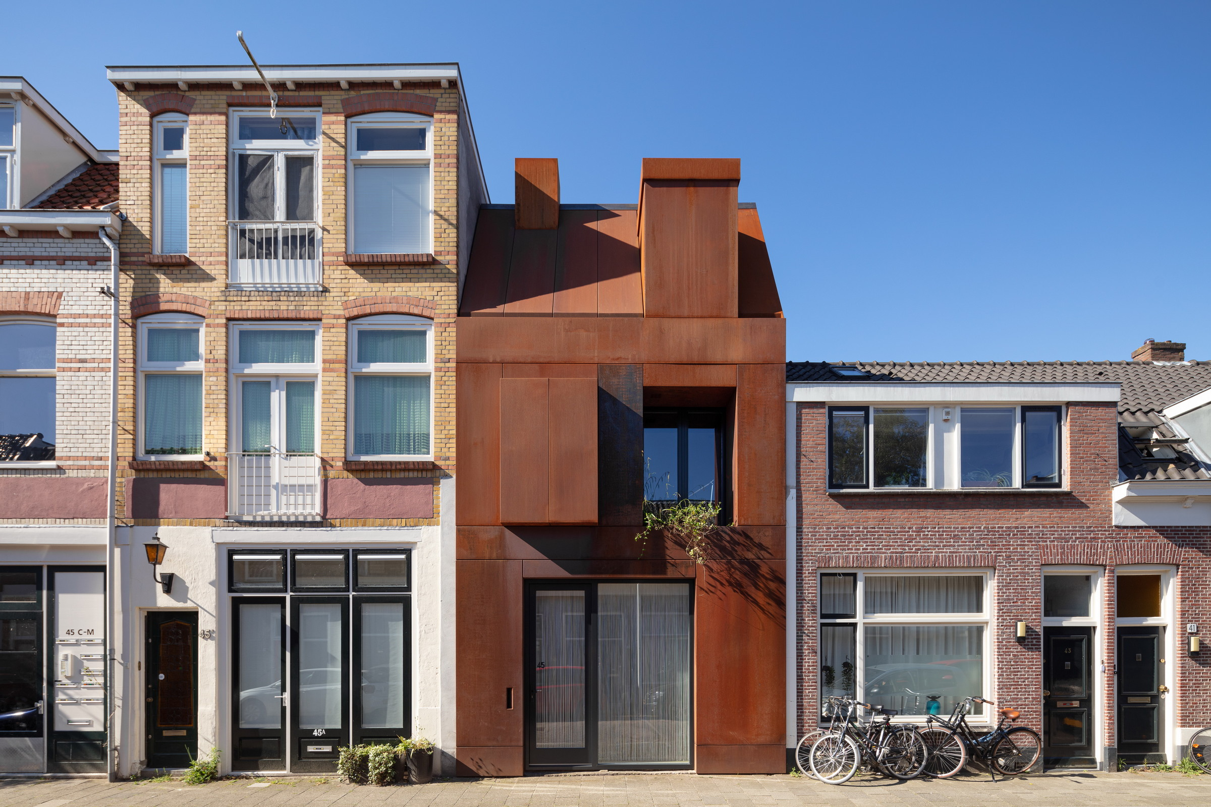 109-Zecc_Architecten-Utrecht-house-steel-craft.JPG