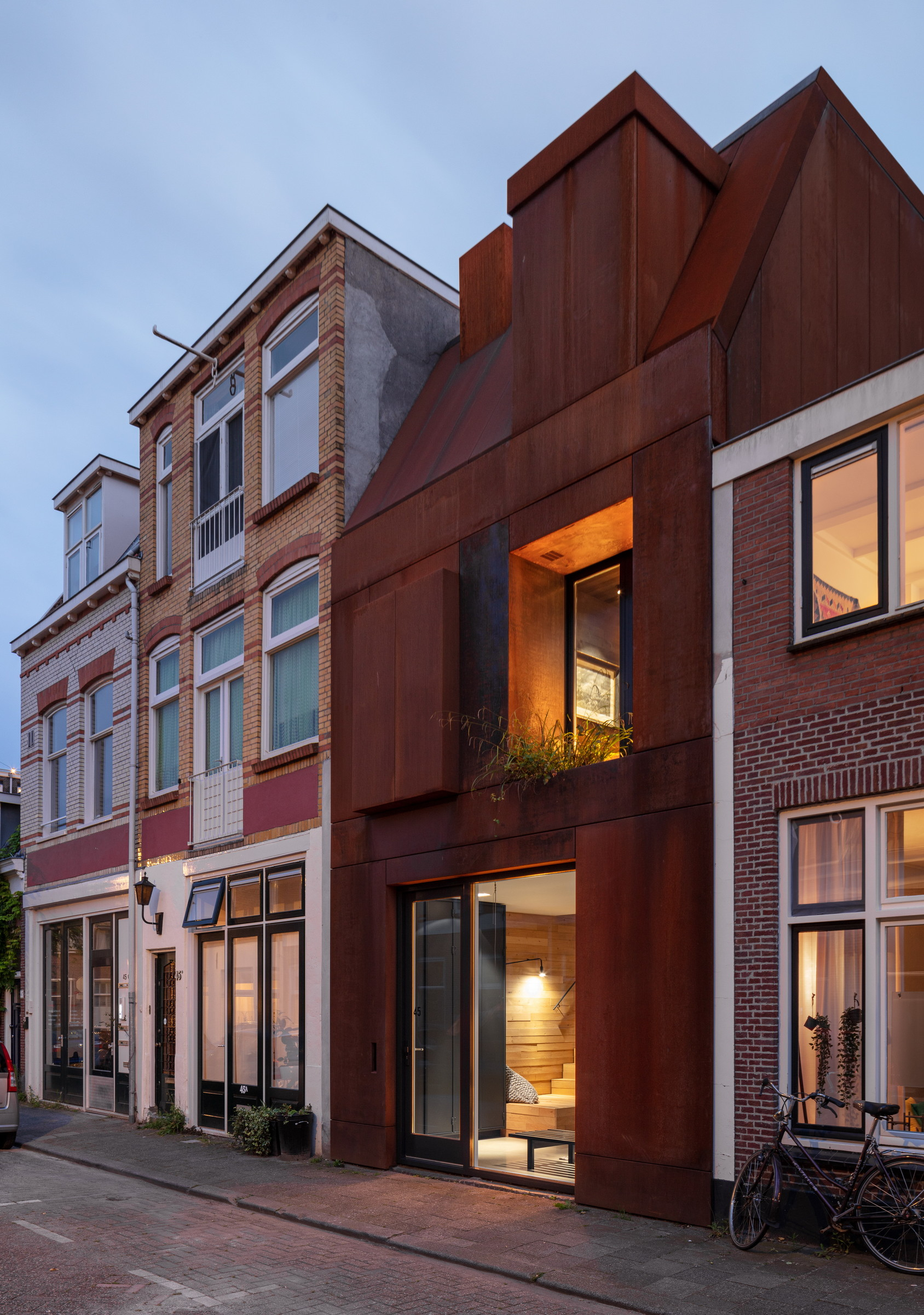 132-Zecc_Architecten-Utrecht-house-steel-craft.JPG