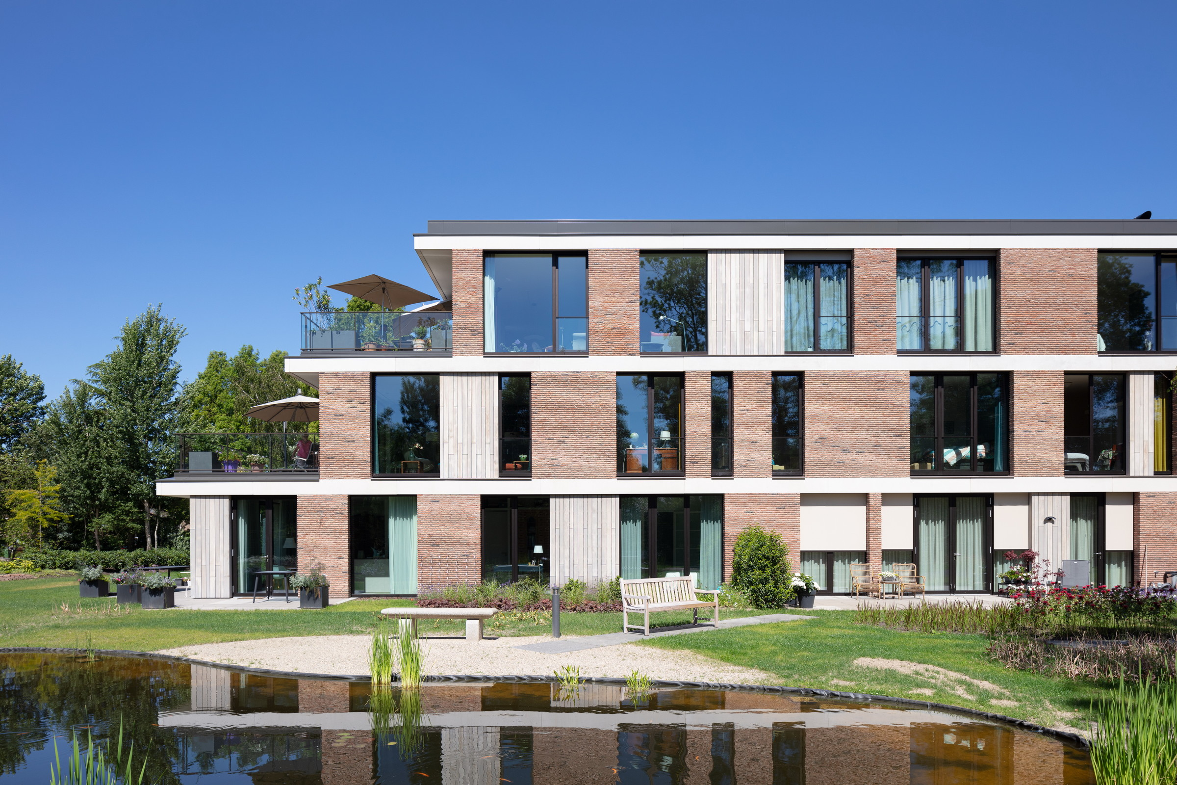27-Zecc_Architecten-Surplus-Zeist-Apartment_buildin.JPG