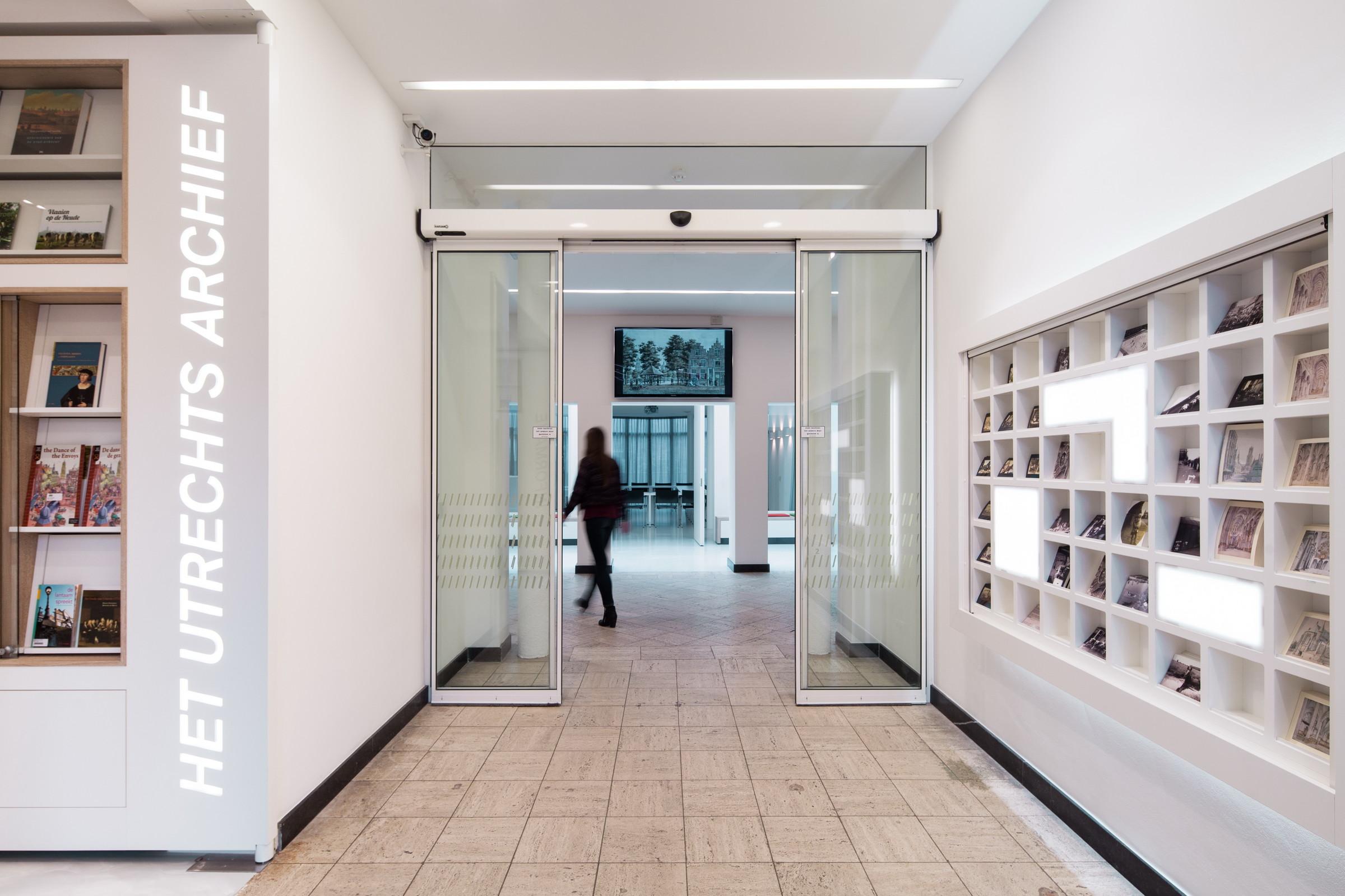 Utrechts archive zecc architecten