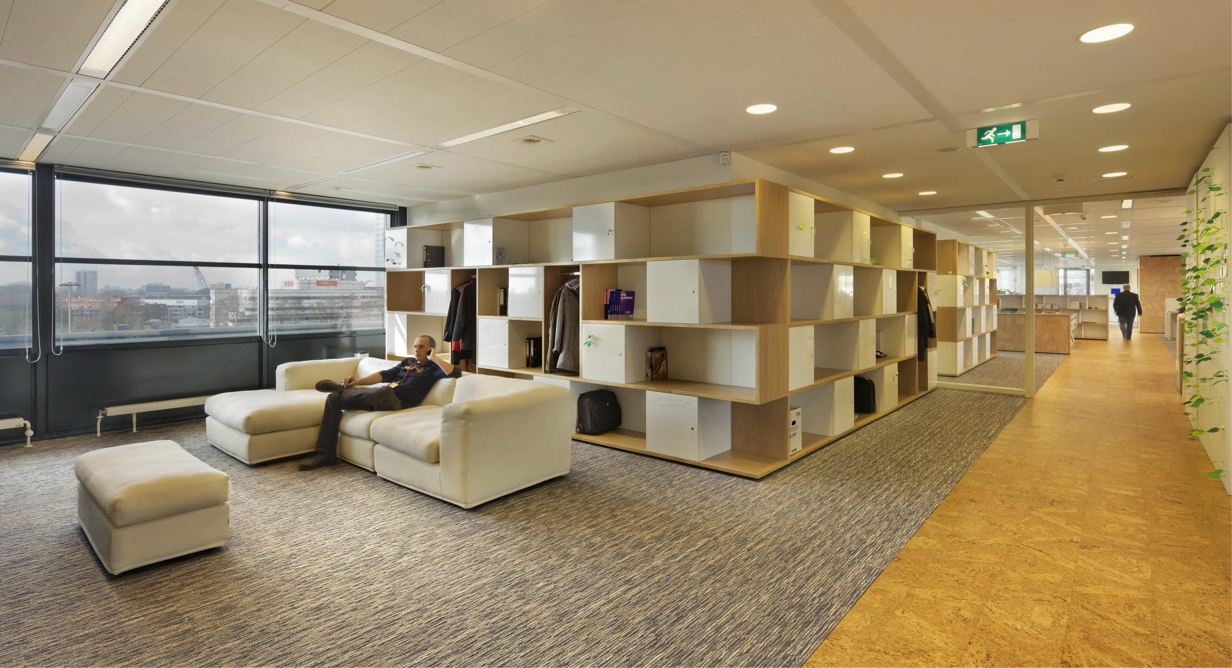 Belastingsdienst utrecht zecc architecten for Kantoor interieur design