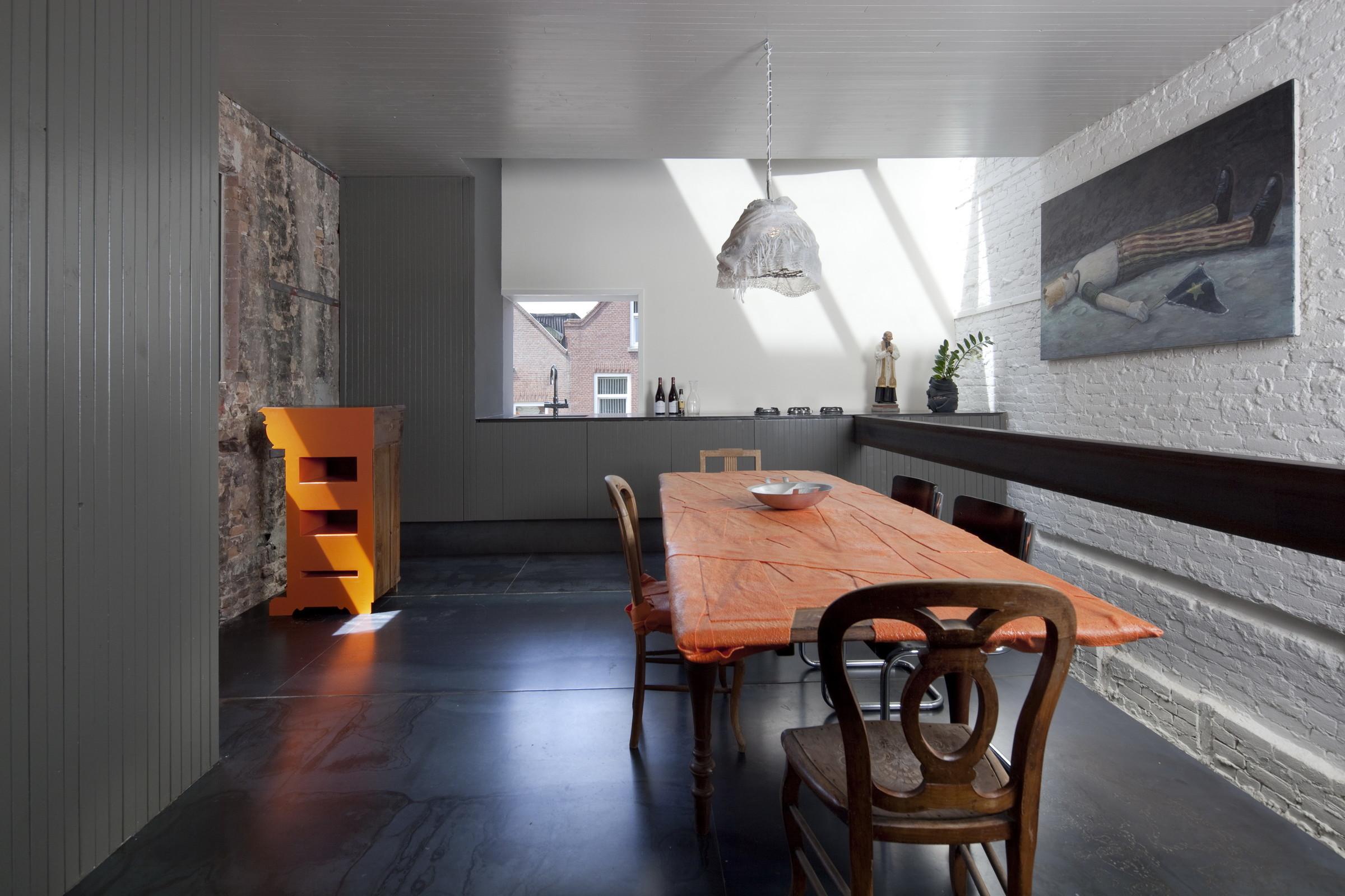 Zwarte Kozijnen Binnen : Zwarte parel rotterdam zecc architecten